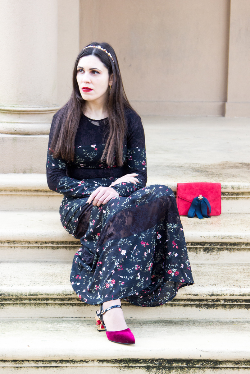 Le Fashionaire Winter flowers maxi black lace dress red flowers stradivarius burgundy flowers heels gold dolce gabbana like zaful nars olivia red lipstick 7119 EN 805x1203