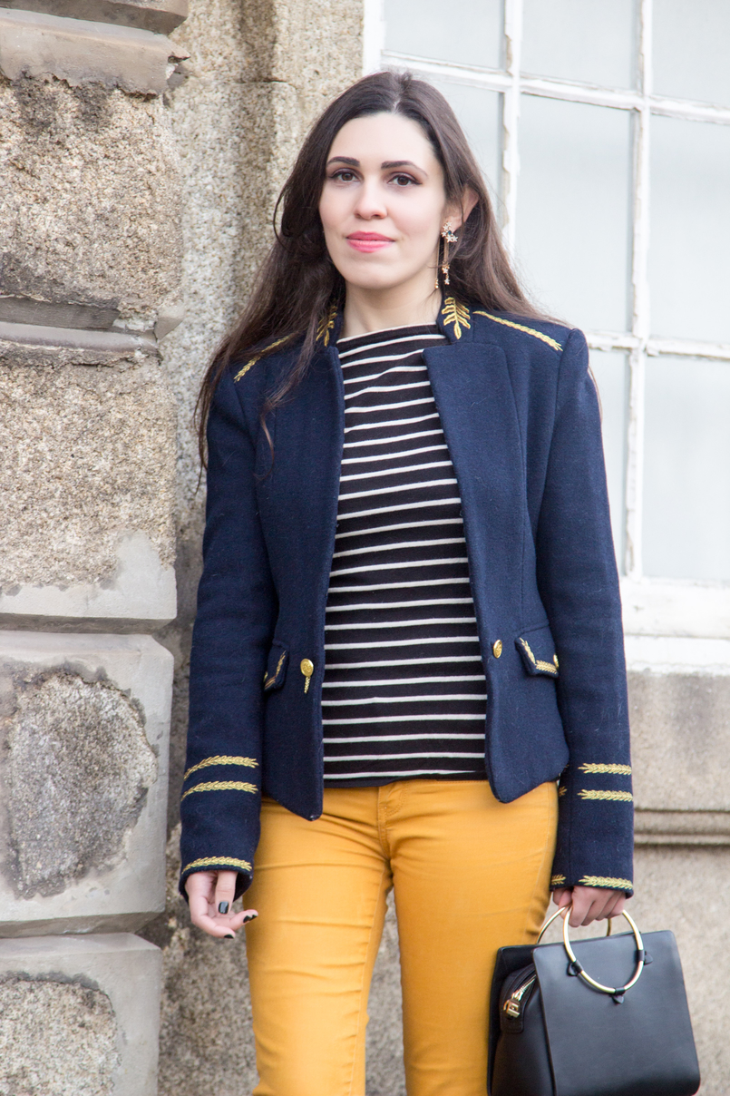Le Fashionaire Are we our worst enemies? skinny dark yellow zara trousers navy stripes knit sweater white old military dark blue gold wool zara jacket 7408 EN 805x1208