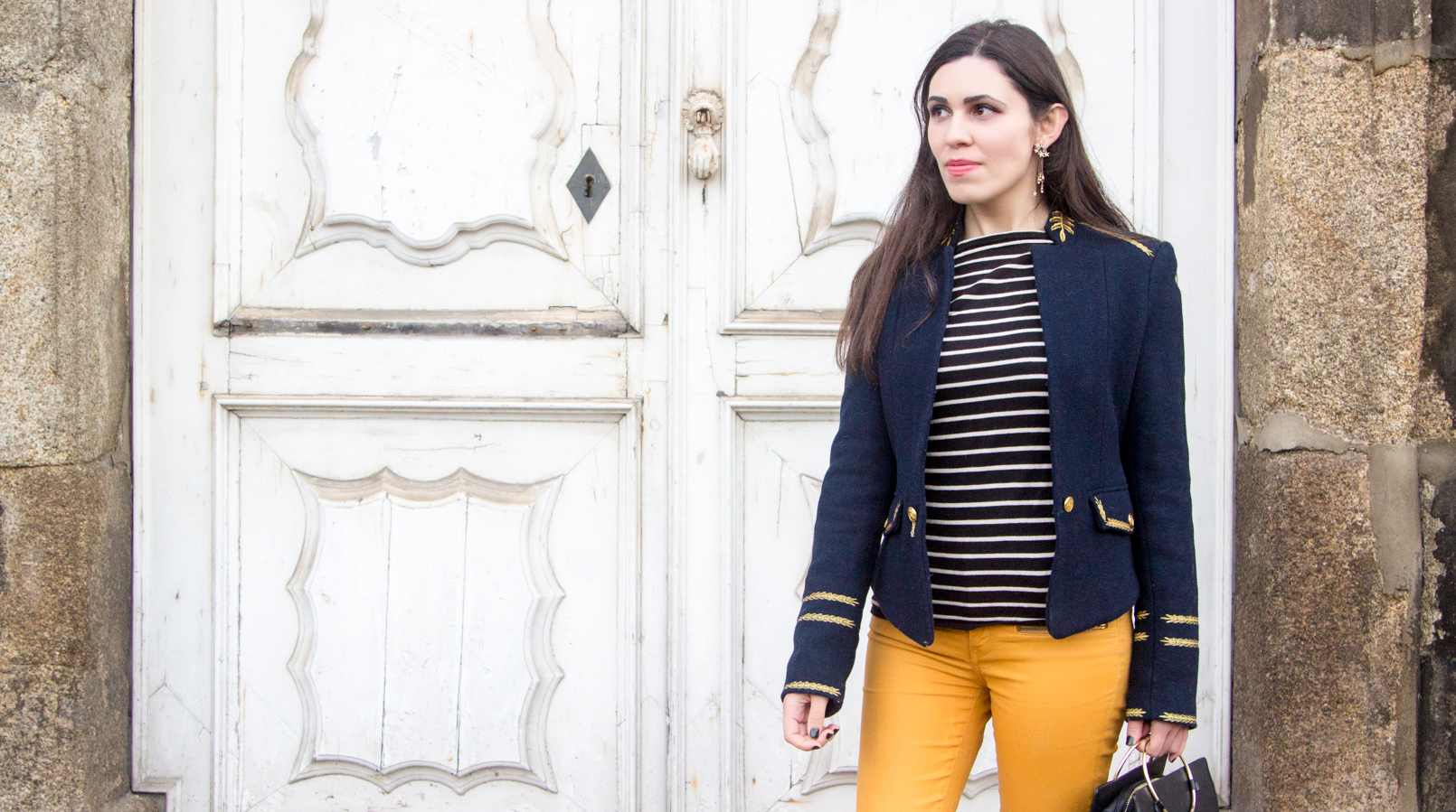 Le Fashionaire Are we our worst enemies? skinny dark yellow zara trousers navy stripes knit sweater white old military dark blue gold wool zara jacket stars earrings zara 7445F EN