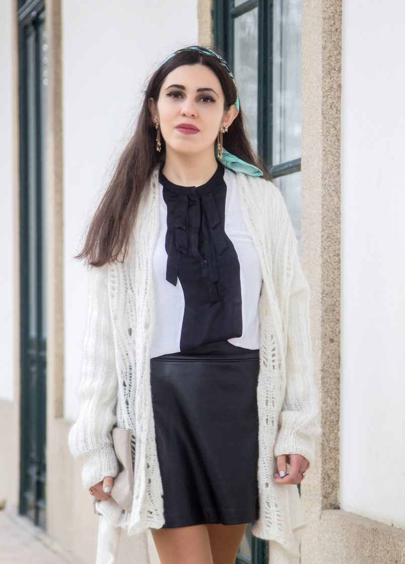 Le Fashionaire You have to let it go white wool long asymmetric vintage cardigan black fake leather front buttons zara skirt white black bow zara shirt stars blue long gold zara earrings 7805 EN 805x1121
