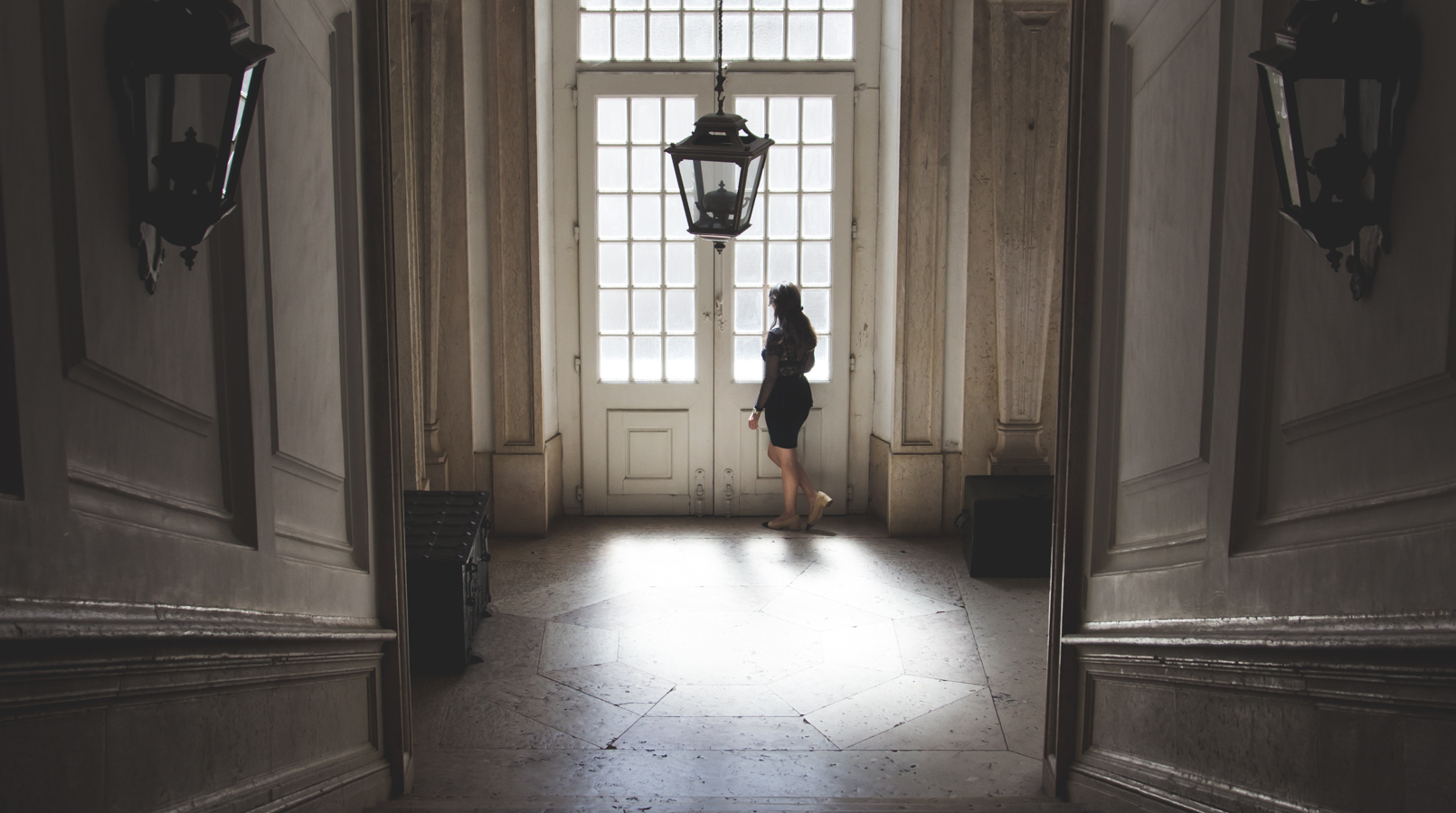 Le Fashionaire Mafra National Palace window light mafra national palace 5601F EN