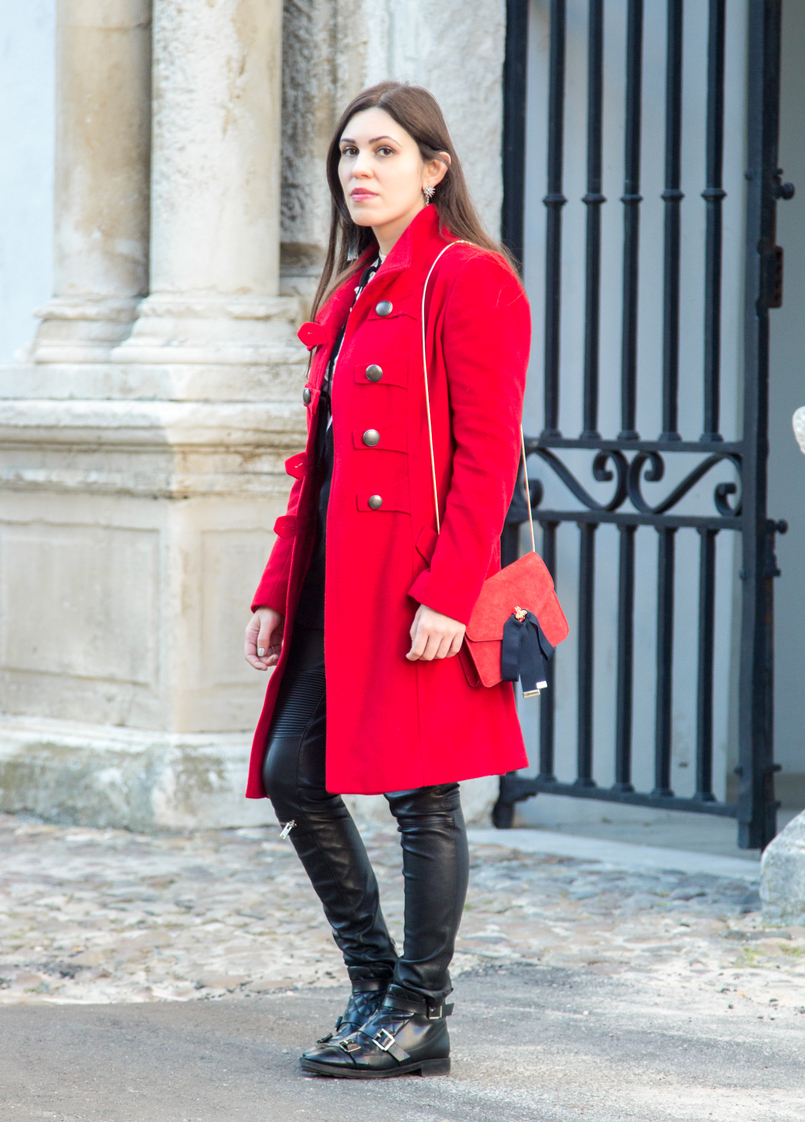 Le Fashionaire What is meant to be will always find a way wool long coat red outerwear americo tavar biker black trousers zara leather zara ankle boots red leather suede mango clutch bows gold bee 3305 EN 805x1122