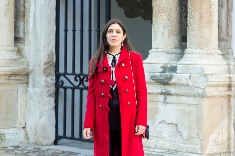 Le Fashionaire What is meant to be will always find a way wool long coat red outerwear americo tavar white ruffles black bow zara shirt 3315 EN 805x533