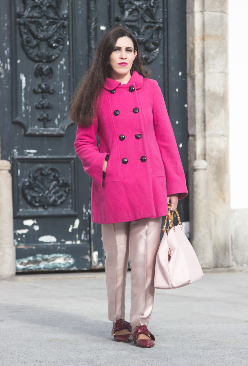 Le Fashionaire 50 shades of pink wool pink coat outerwear front buttons zara pale pink sparkling zara trousers leather pointy bow red zara flats pale pink bamboo parfois bag 7283 EN 805x1184