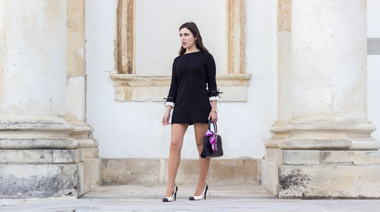 Le Fashionaire Are blogs dead? black minusey dress bow white sleeves black white zara heels chanel like pink emilio pucci printed scarf 2150F EN