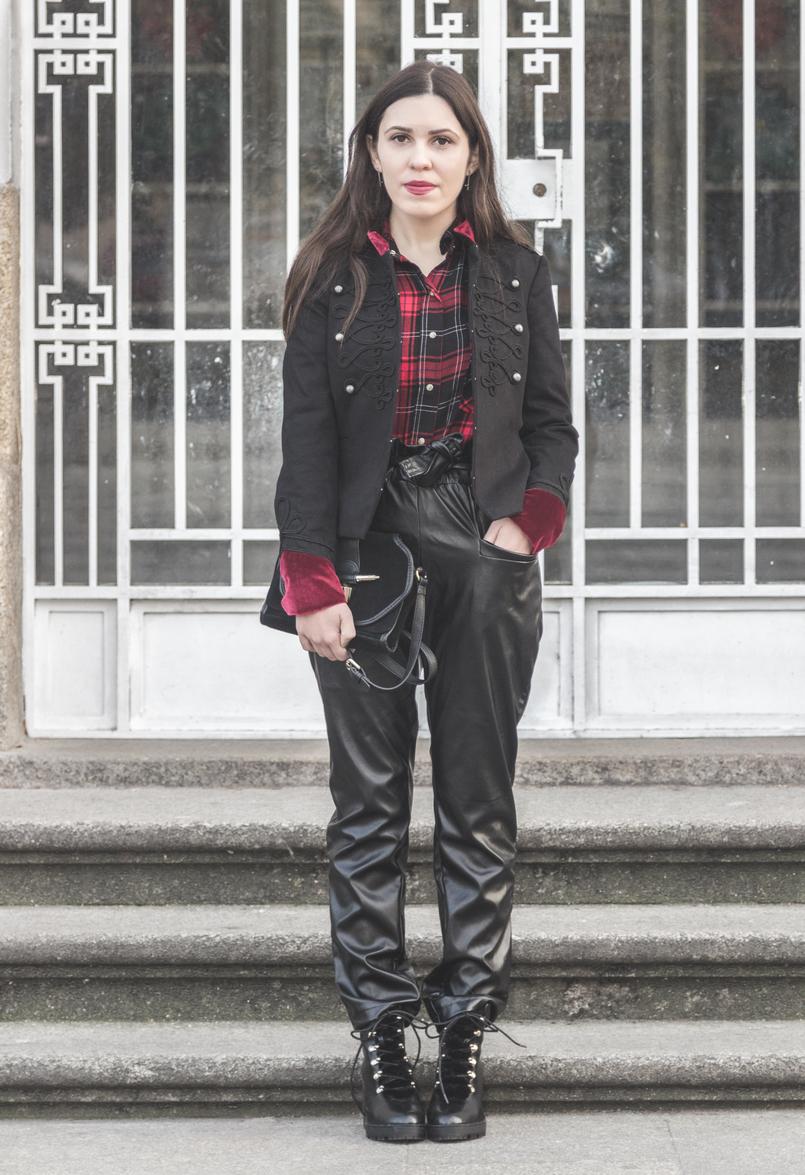 Le Fashionaire Rodeia te de quem te faz ser melhor camisa vermelha xadrez zara calcas pretas vinyl cintura alta shein botas pretas altas estilo militar stradivarius 1945 PT 805x1175