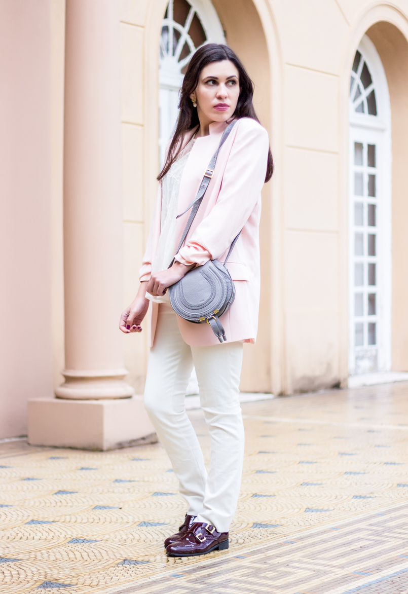 Le Fashionaire Are nudes the new black? fashion inspiration white zara trousers burgundy monk shoes leather buckles eureka oversized pale pink hm blazer mini marcie gray chloe leather bag 0797 EN 805x1172