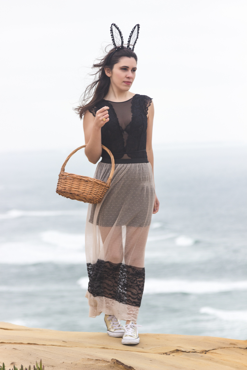 Le Fashionaire Happy easter sea blogger catarine martins maxi transparent lace pale pink black zara skirt black lace body hm rabbit ears black lace asos easter eggs basket 9575 EN 805x1208