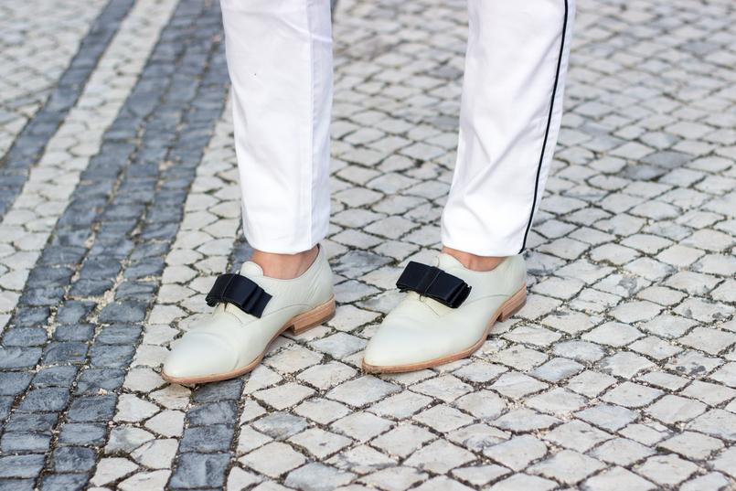 Le Fashionaire Little victories white bow leather eureka shoes 9885 EN 805x537