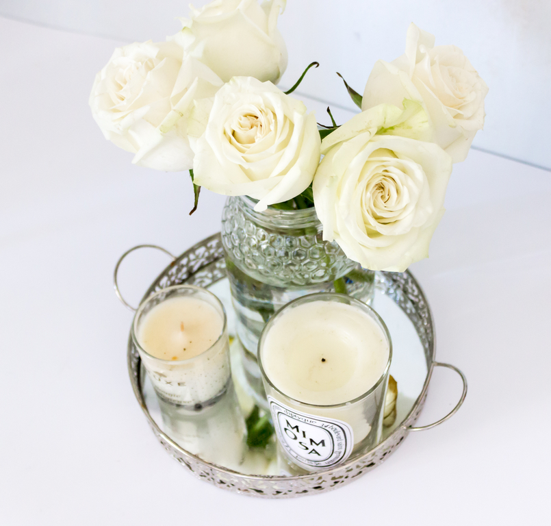 Le Fashionaire Candle light white mimosa scent diptyque small nuxe casa silver tray candle 5425 EN 805x768