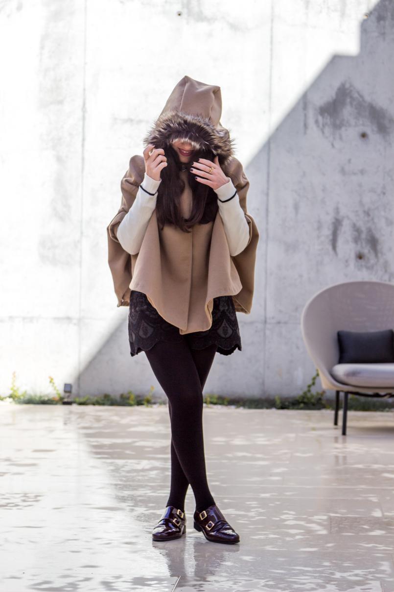Le Fashionaire The charming Vista Alegre Hotel Hood nude wool faux fur cape black embroidered bershka shorts burgundy leather eureka shoes hotel montebelo vista alegre 6849 EN 805x1208