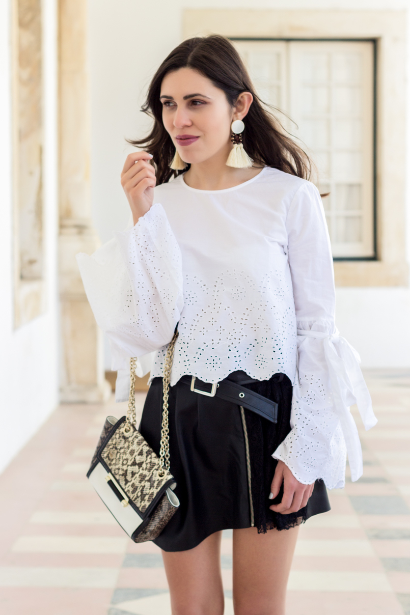 Le Fashionaire On trend: bell sleeves english embroidered flare sleeves bow zara leather snake print diane von furstenberg bag tassels bold brown mango trendy earrings white black 2784 EN 805x1208