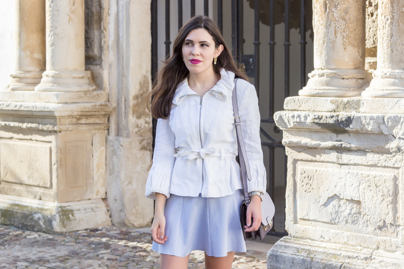 Le Fashionaire Are those who love fashion futile? fashion inspiration white ruffles zara jacket lavander lefties skirt purple lilac parfois bag pearl gold leaf earrings 8968 EN 805x537