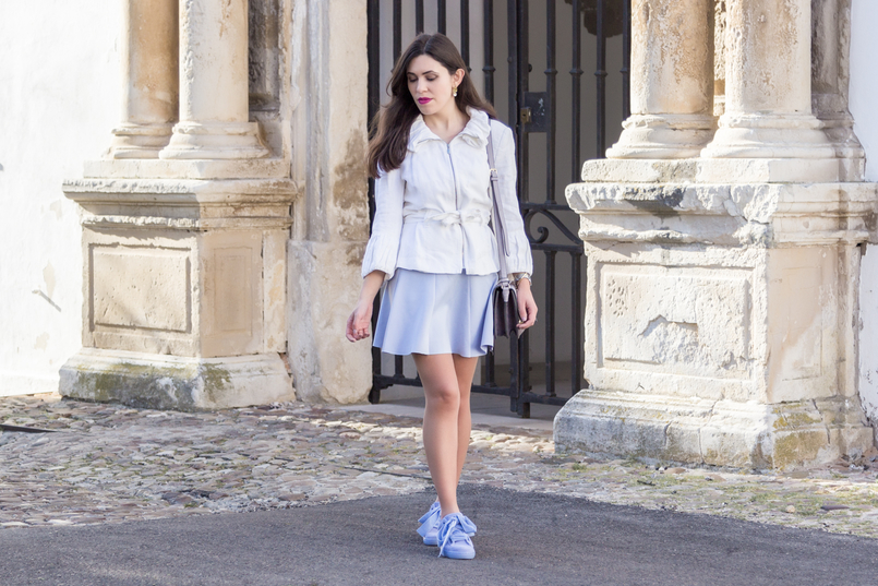 Le Fashionaire Are those who love fashion futile? fashion inspiration white ruffles zara jacket lavander lefties skirt purple lilac parfois bag pearl gold leaf earrings 8978 EN 805x537