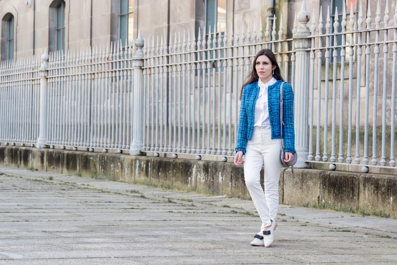 Le Fashionaire Influenciadores: liberdade ou manipulação? moda inspiracao casaco tweed azul verde globe calcas brancas zara camisa branca laco vitoriana hm sapatos brancos laco preto eureka 8269 PT 805x537