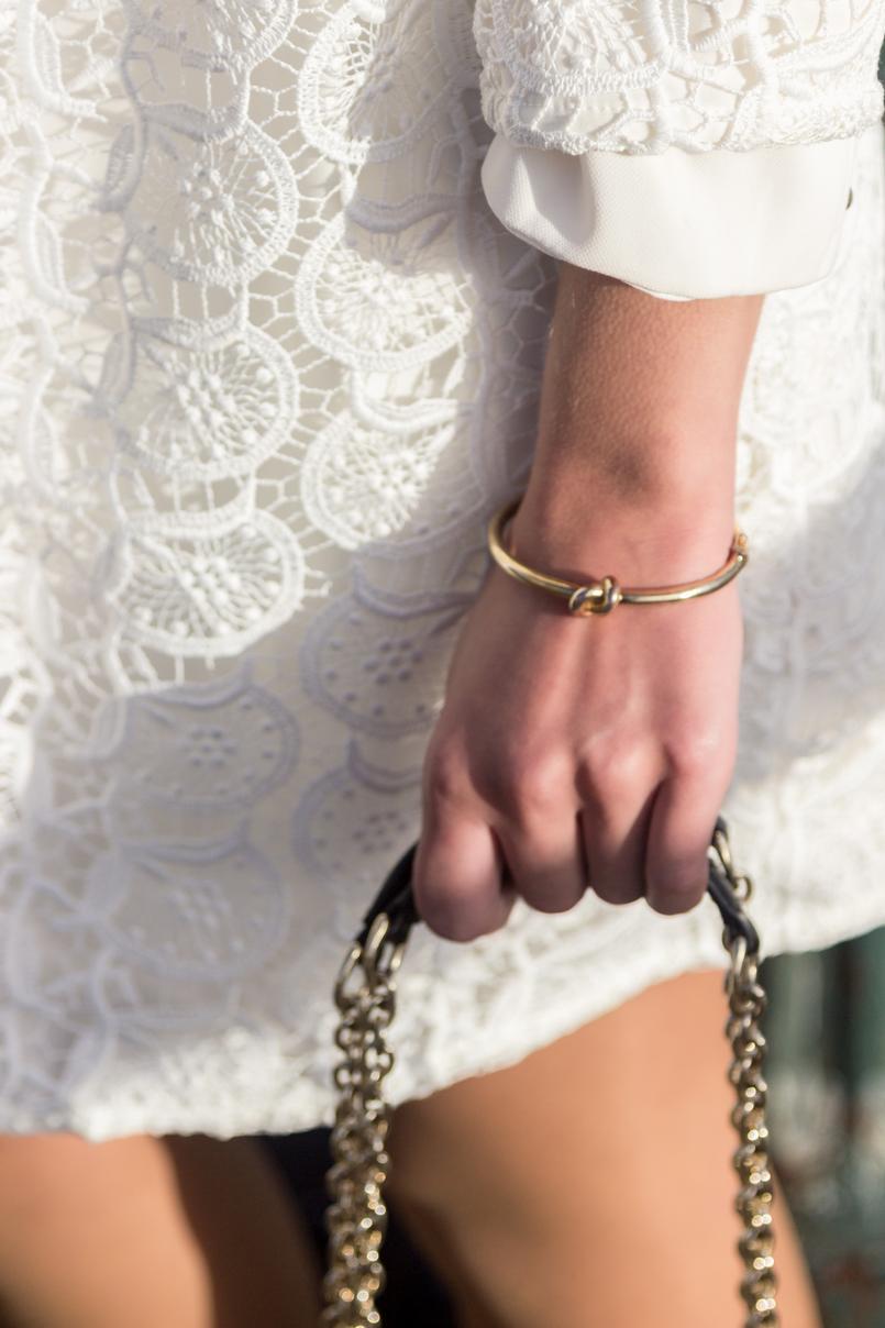 Le Fashionaire Isso do karma é real? moda inspiracao vestido branco largo zara casaco branco bordado primavera zara 8226 PT 805x1208