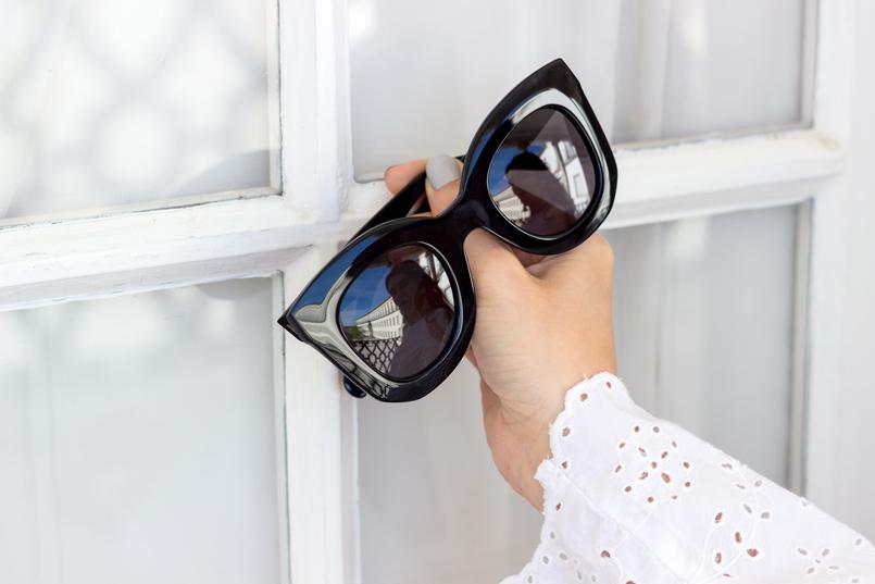 Le Fashionaire Pano para mangas oculos sol massa marta celine branco preto 2797 PT 805x537