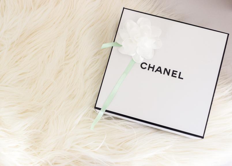 Le Fashionaire Os meus 5 produtos favoritos da Chanel caixa branca chanel moda inspiracao 4909 PT 805x576