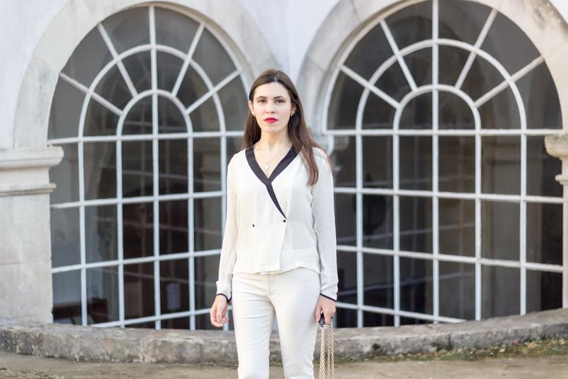 Le Fashionaire Como usar branco total camisa branca pormenores pretos botoes zara calcas brancas zara colar cinco prata dourada madreperola 9021 PT 805x537