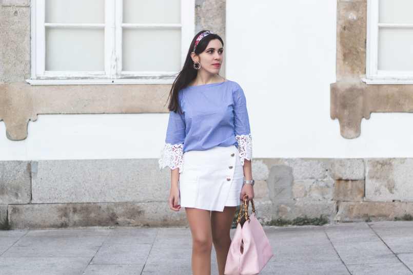 Le Fashionaire We are the others! light blue stripes embroidered sleeves zara blouse zara white gold buttons skirt light pink bamboo parfois bag 8737 EN 805x537