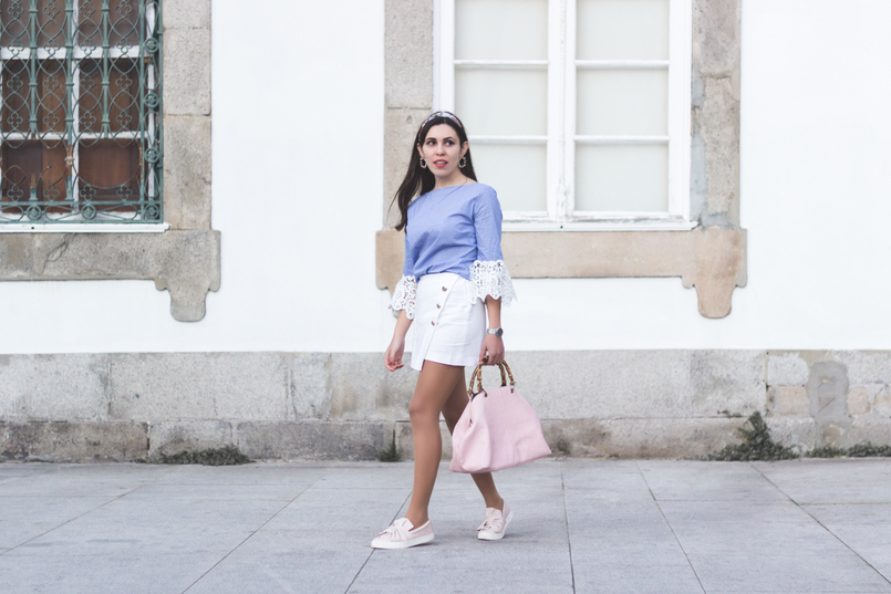Le Fashionaire We are the others! light blue stripes embroidered sleeves zara blouse zara white gold buttons skirt pale pink bow stradivarius plimsolls light pink bamboo parfois bag 8729 EN 805x537