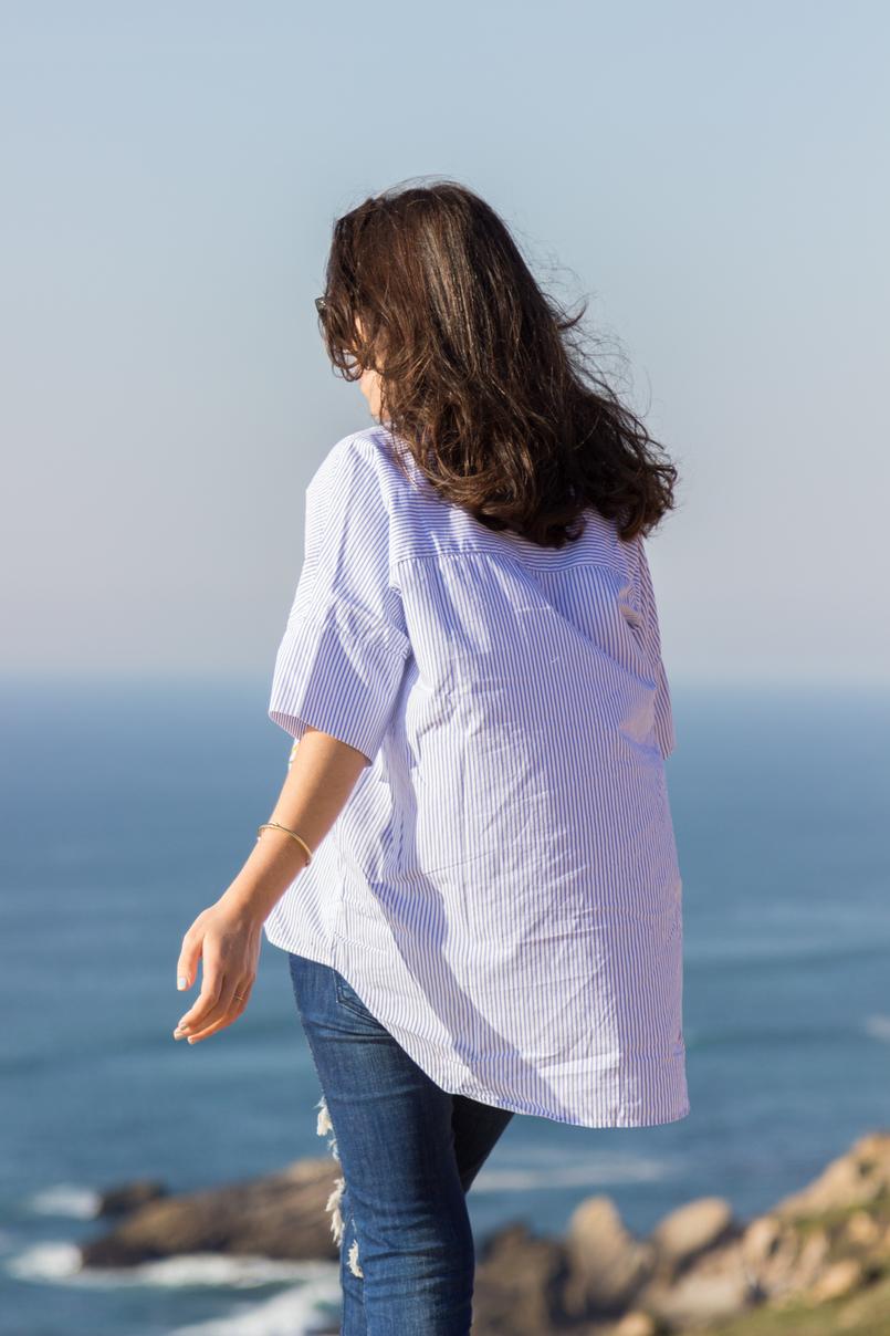 Le Fashionaire Vamos julgar menos moda inspiracao camisa riscas bordado tucano azul lefties calcas ganga rasgadas zara 2483 PT 805x1208