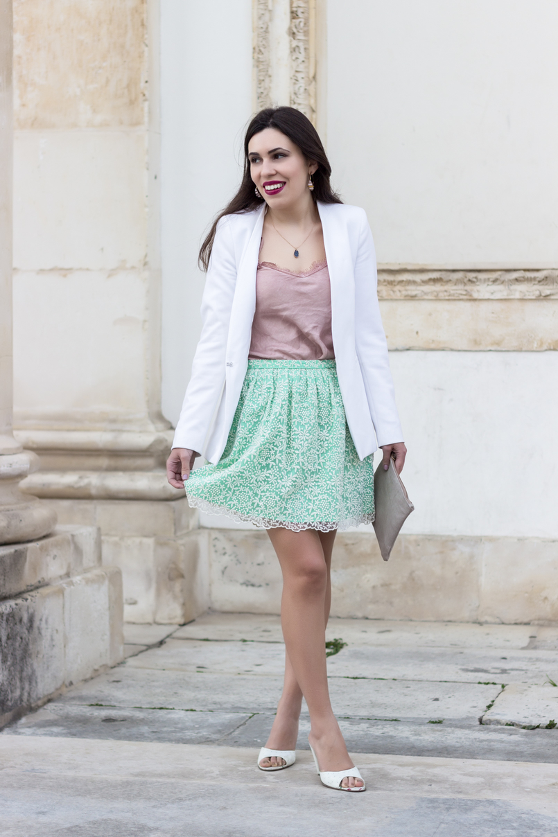 Le Fashionaire People pass through our lives for a reason pink lace top green white embroidered zara skirt sandals heels mules dolce gabbana white 9391 EN 805x1208