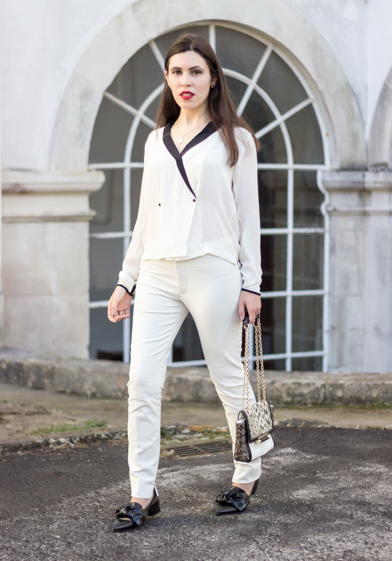 Le Fashionaire How to wear total white white black details buttons zara shirt pointy black bow zara flats diane von furstenberg white leather bag snake print grey black 9039 EN 805x1152