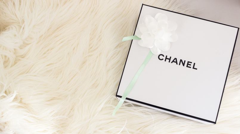 Le Fashionaire My top 5 Chanel products white box chanel fashion inspiration 4909F EN 805x450