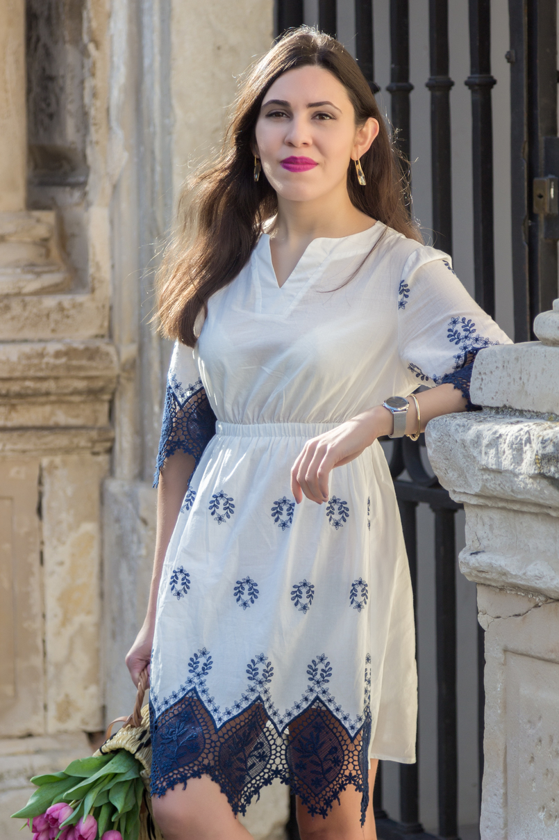 Le Fashionaire How did we get so selfish? white dark blue cotton lace embroidered shein dress nude crystal swarovski earrings silver calvin klein watch knot gold kate spade bracelet 8826 EN 805x1208