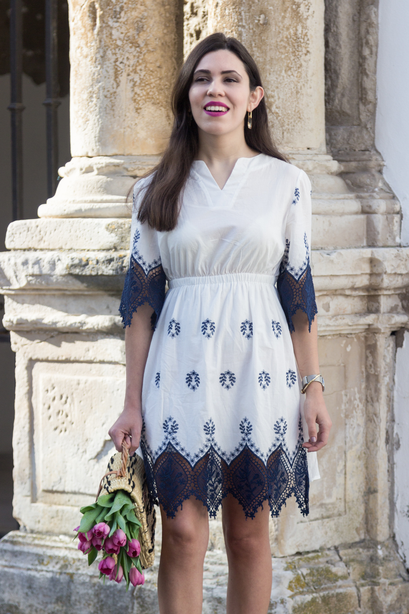 Le Fashionaire How did we get so selfish? white dark blue cotton lace embroidered shein dress nude crystal swarovski earrings silver calvin klein watch knot gold kate spade bracelet 8850 EN 805x1208