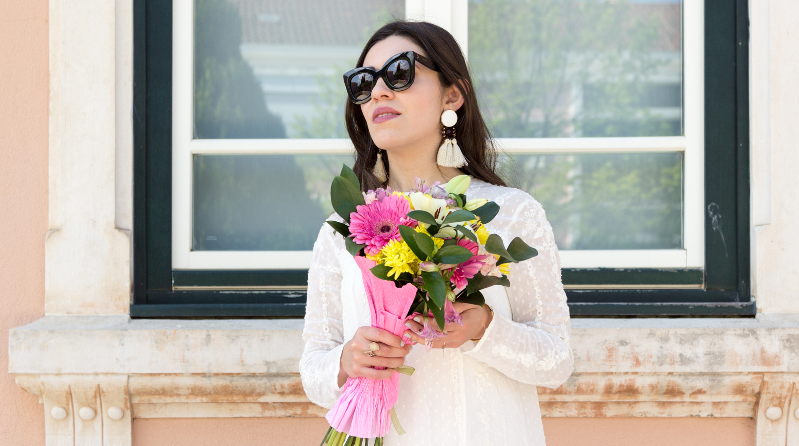 Le Fashionaire Personal: My surgery white embroidered zara girly dress flowers bouquet pink white colorul black celine marta sunglasses white tassels brown bold mango earrings 2339F EN