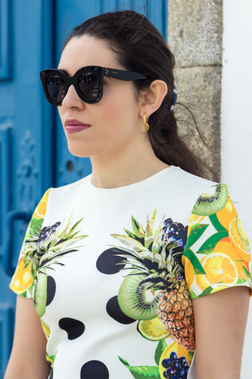 Le Fashionaire Where to shop for cool dresses? bodycon white black dots tropical pineapple lemon kiwi grape green asos dress bold sunglasses celine marta gold earrings hoops silver cinco 3609 EN 805x1208
