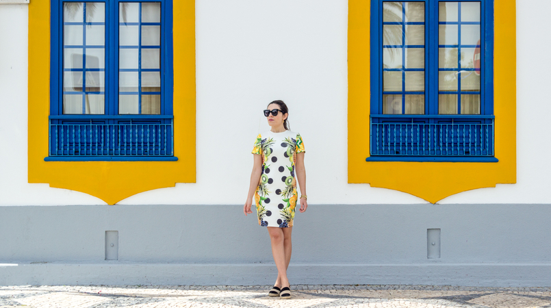 Le Fashionaire Where to shop for cool dresses? bodycon white black dots tropical pineapple lemon kiwi grape green asos dress espadrilles stripes black white suede zara blue yellow window street 3658F EN 805x450
