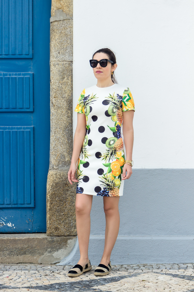 Le Fashionaire Where to shop for cool dresses? bodycon white black dots tropical pineapple lemon kiwi grape green asos dress espadrilles stripes black white suede zara city blue door 3593 EN 805x1208