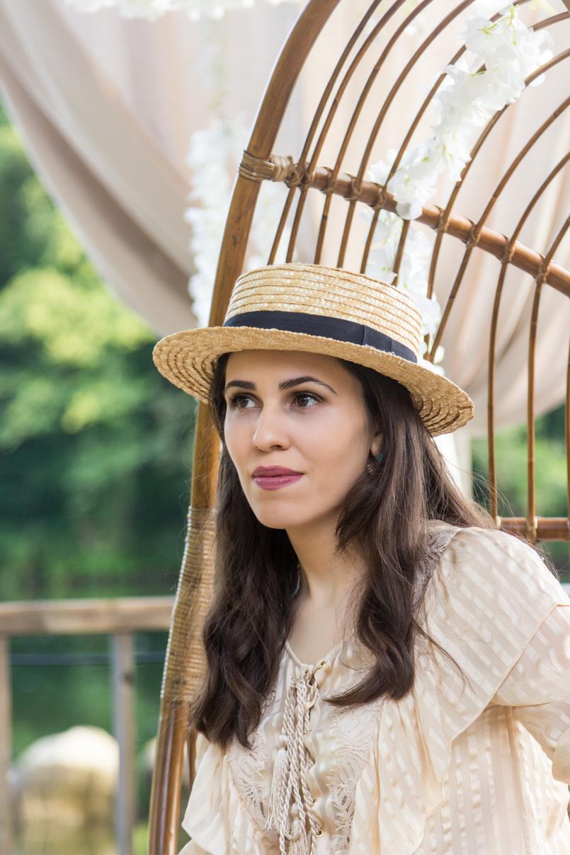 Le Fashionaire Quem já foi a Bali? chapeu palha antigo camisa seda bege cordoes folhos atilhos uterque 4169 PT 805x1208