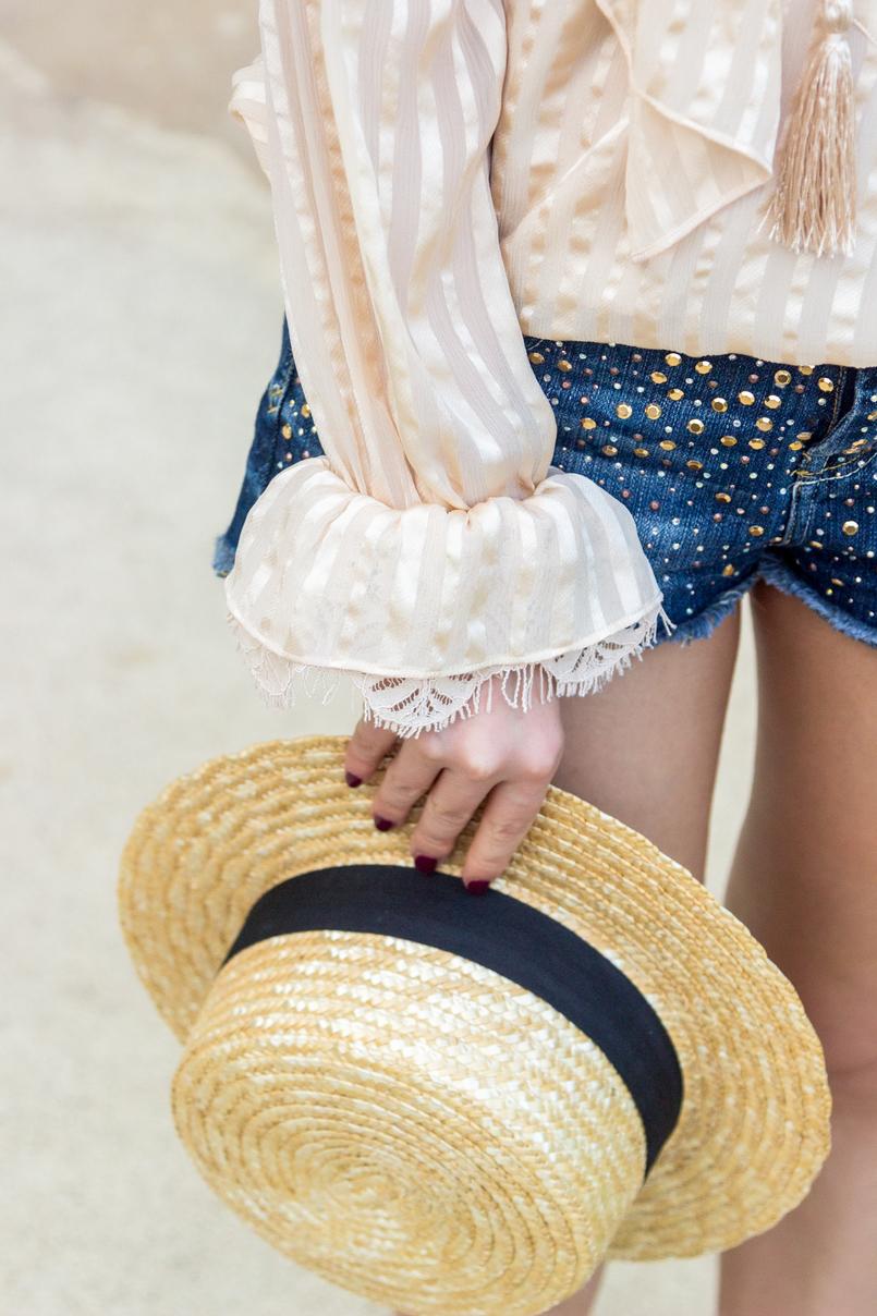 Le Fashionaire Quem já foi a Bali? chapeu palha antigo camisa seda bege cordoes folhos atilhos uterque calcoes ganga brilhantes bershka 4316 PT 805x1208