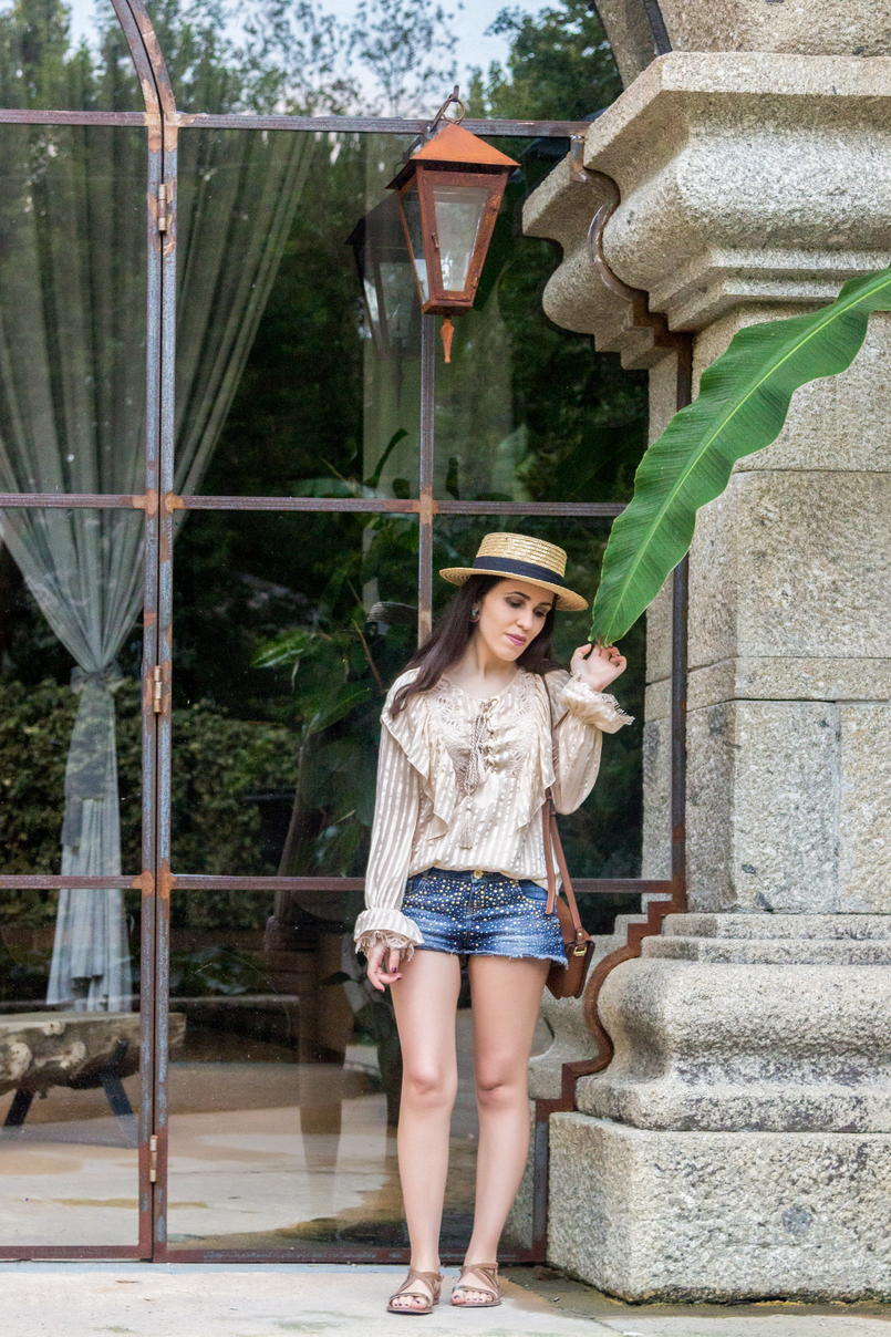 Le Fashionaire Have you ever been to Bali? leaf banana straw summer hat silk nude ribbons ruffles uterque shirt denim sparkling bershka shorts 4359 EN 805x1208