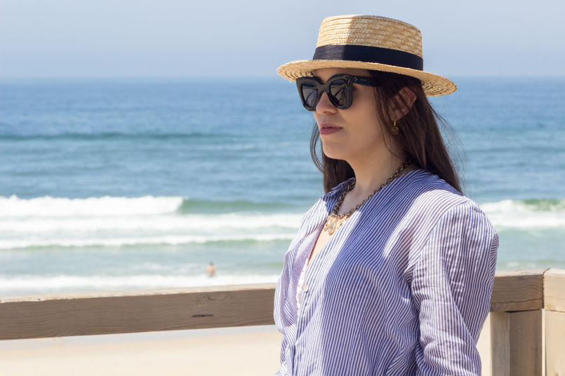 Le Fashionaire Even happy people get sad straw black ribbon stradivarius hat long oversized striped beach oysho shirt black celine marta sunglasses Cinco hoop earrings 5410 EN 805x537