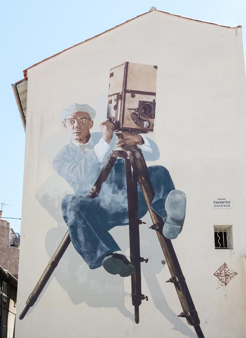 Le Fashionaire 5 essenciais de estilo para umas férias na Côte D' Azur arte urbana pintura cannes franca 0611 PT 805x1107