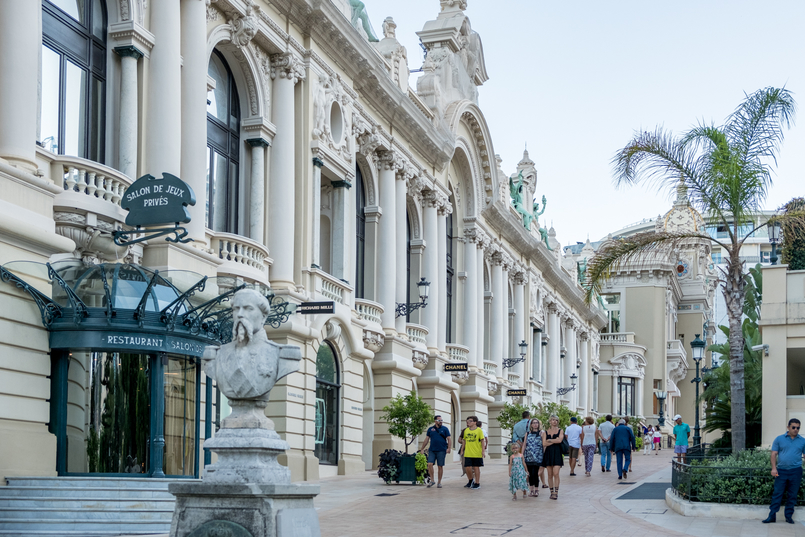Le Fashionaire Por que é que o Mónaco é tão mágico? chanel edificio arquitetura monaco 0534 PT 805x537
