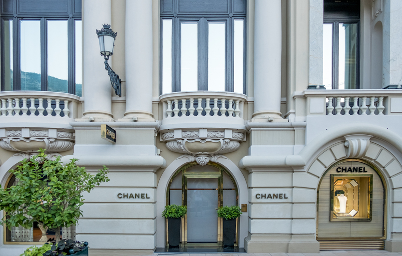 Le Fashionaire Why is Monaco such a magic place? chanel monaco building architecture 0527 EN 805x513