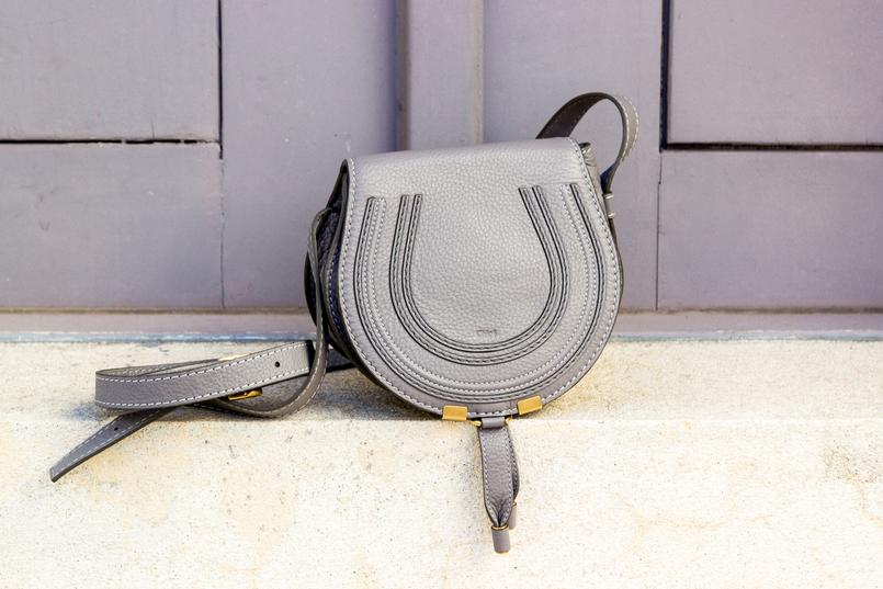 Le Fashionaire Why is the tank top a summer essential? chloe mini macie grey bag 5696 EN 805x537