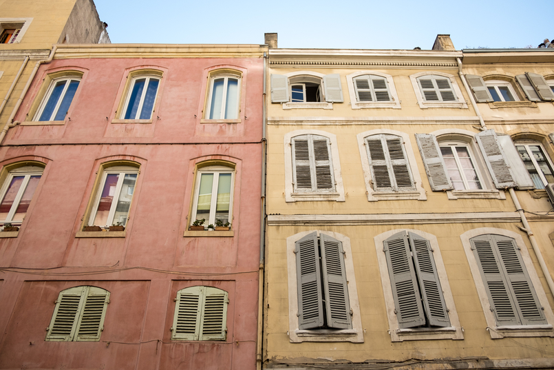 Le Fashionaire Why traveling is so important? marseille street 1386 EN 805x537