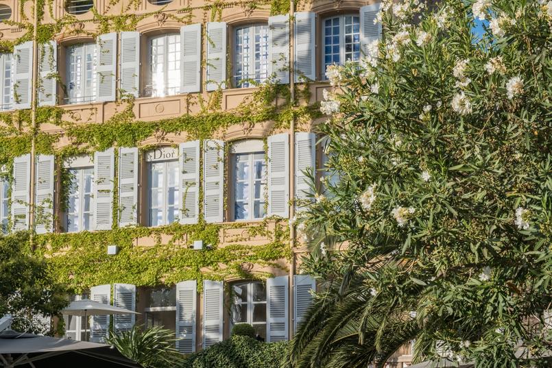 Le Fashionaire Como é jantar no Dior Des Lices em Saint Tropez? restaurante dior des lices saint tropez 0667 PT1 805x537