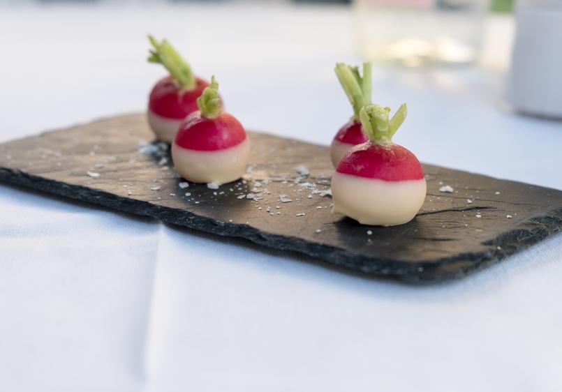 Le Fashionaire Como é jantar no Dior Des Lices em Saint Tropez? restaurante dior des lices saint tropez 0683 PT1 805x562
