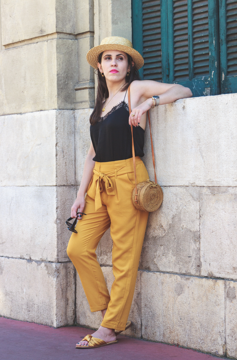 Le Fashionaire 5 essentials to holidays at Côte D' Azur silk lace black stradivarius top dark yellow lefties paperbag trousers silver calvin klein watch straw rattan round handmade bag cannes france 8190 EN 805x1221