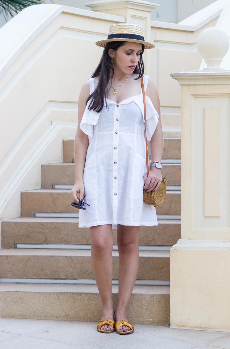 Le Fashionaire Why is Monaco such a magic place? white linen pockets mango dress dark yellow bow satin zara slides silver calvin klein watch gold knot kate spade bracelet 8103 EN 805x1223