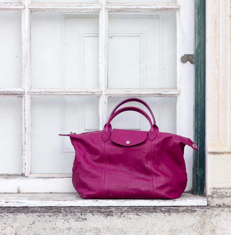Le Fashionaire Timeless pieces: this dress is more than 20 years! white window purple longchamp le pliage cuir leather bag 7688 EN 805x818