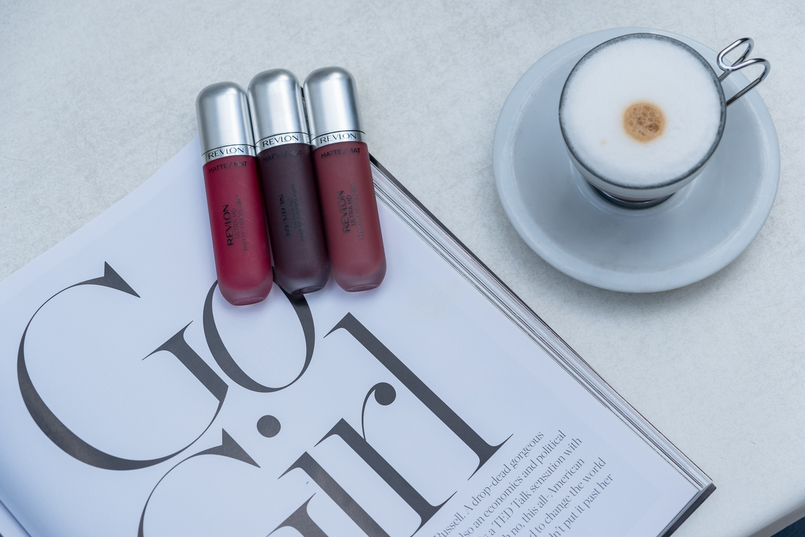 Le Fashionaire The Revlon lipsticks you need now coffee casinha boutique cafe revlon matte nude lipstick kisses revlon matte cherry lipstick passion revlon matte dark purple lipstick attirance 2977 EN 805x537